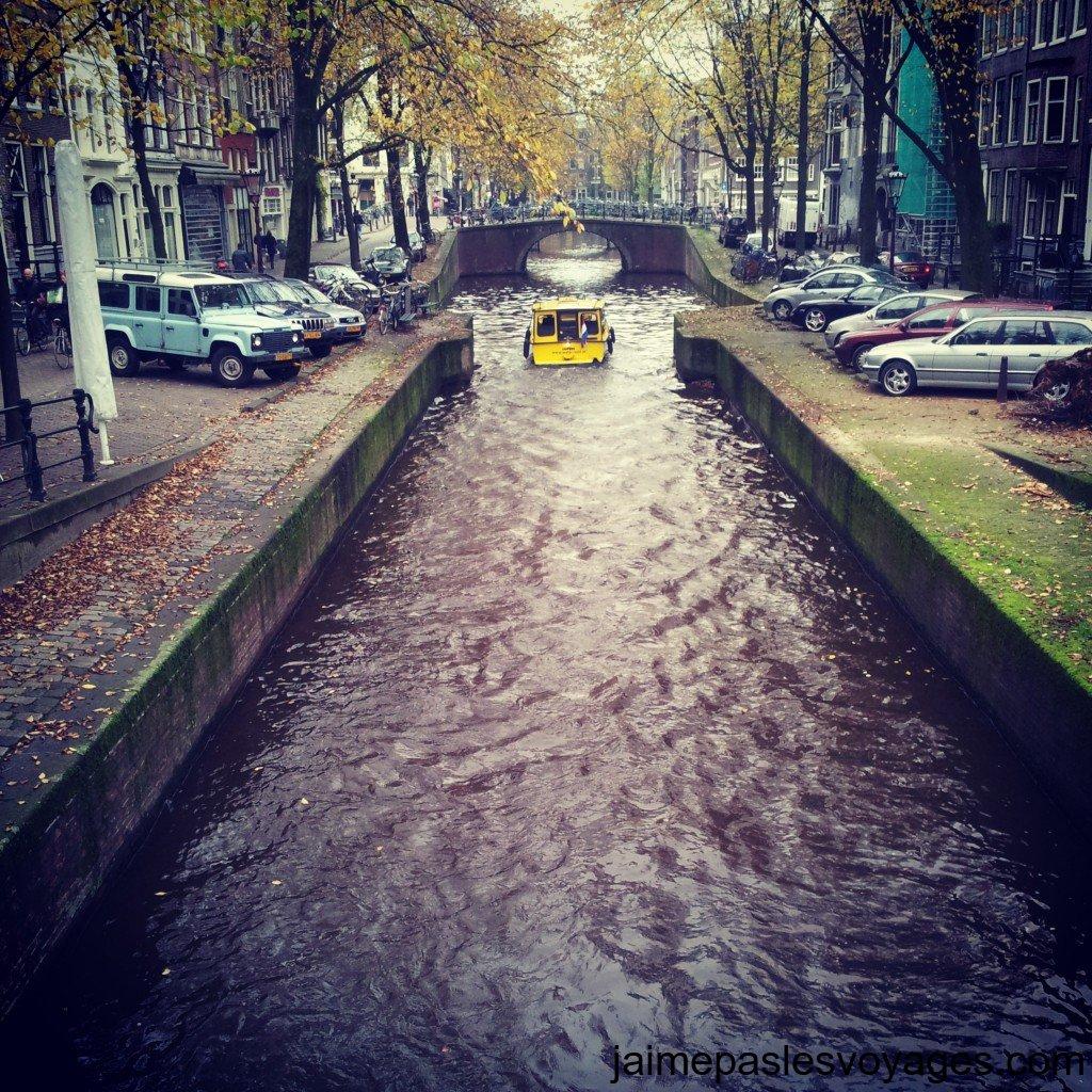 Une écluse à Amsterdam