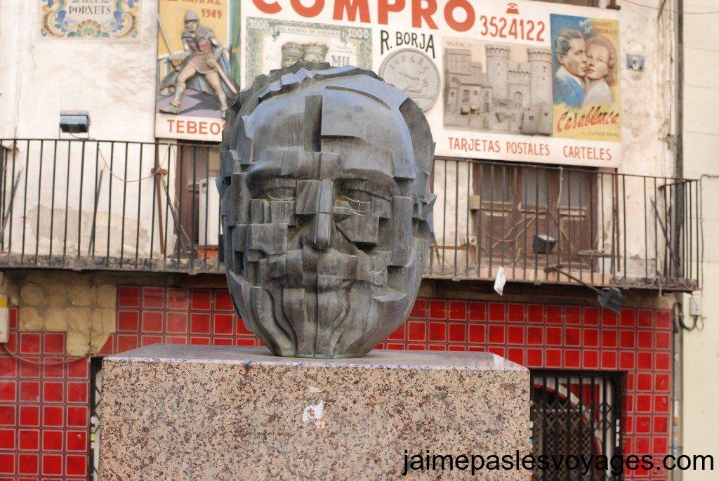 statue-valencia